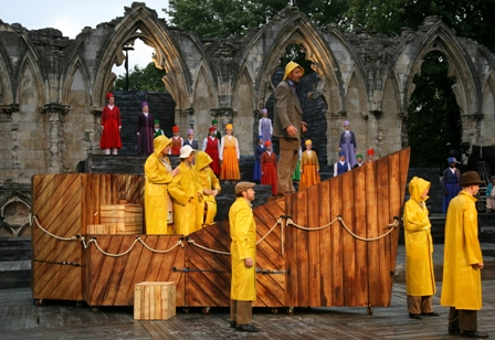 Noah in Ark