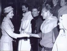 The Queen meets actors 1957
